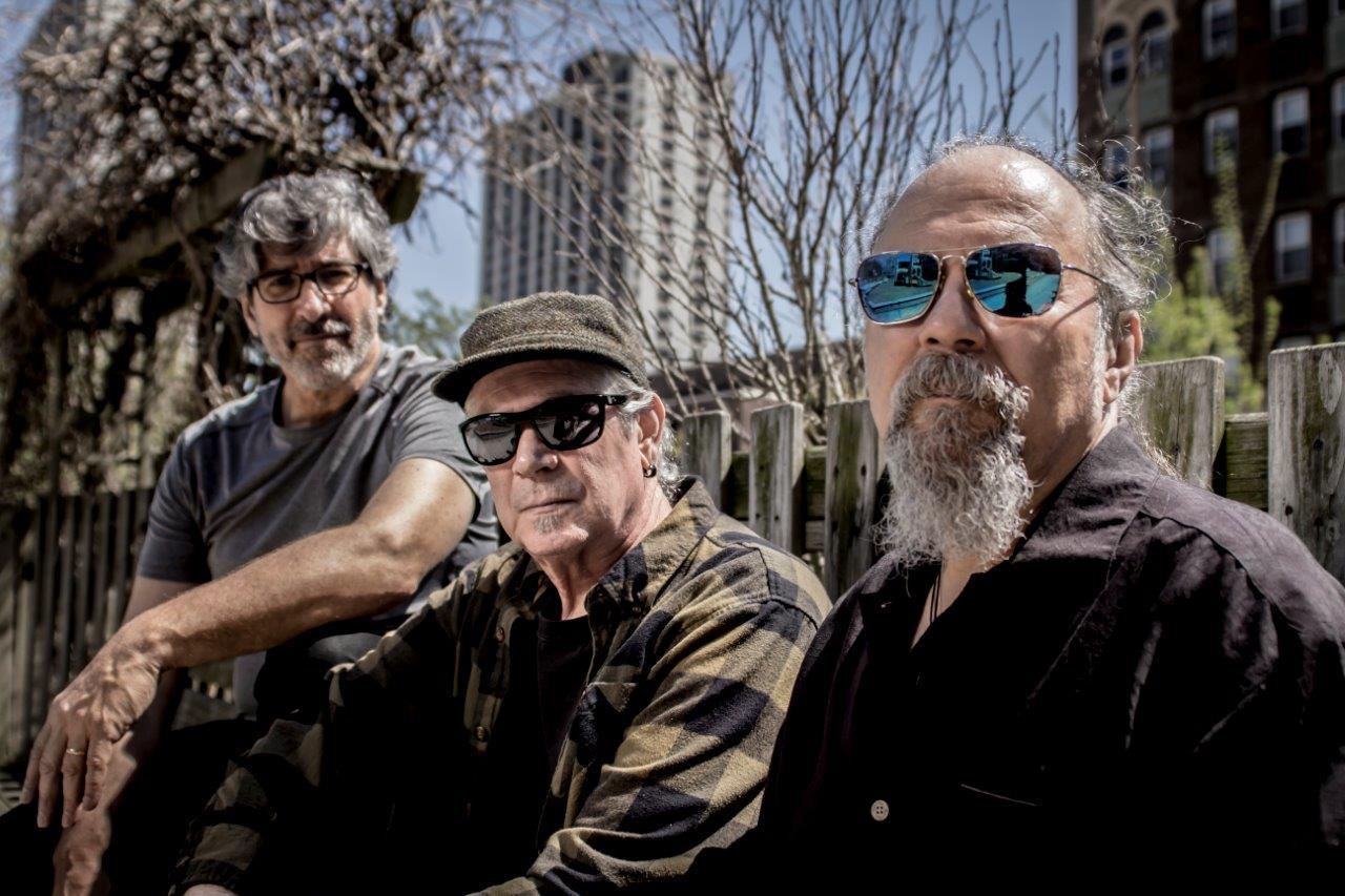 Open Air Benefizkonzert mit der Glenn Kaiser Band ...